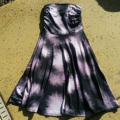"""Black & Purple Fit and Flare Dress Black & Purple Fit and Flare Dress. Brand: Lapis. Size Medium. Top portion measures: 12"""" long, 12"""" wide, plenty of stretch if need be. Skirt portion: 24"""" long. 95% Polyester, 5% Spandex. No rips, tears, flaws, or defects. Comes from a smoke free home. Final price unless bundled. No trades, no holds, thank you. Lapis Dresses Midi"""