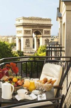 Parisien breakfast Hotel California, Places To Travel, Places To Visit, Vacation Places, Magic Places, Ville France, I Love Paris, Paris Paris, Triomphe