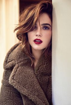 Zoey Deutch: Who is the Most Hottest & Sexiest Lady of Hollywood? Vote Now - Top 10 Ranker Zooey Deschanel, Lily Collins, Beautiful Celebrities, Beautiful People, Top 10 Beautiful Women, Look Star, Zoey Deutch, Vampire Academy, Hollywood Celebrities