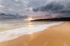 Resultado de imagen para atardecer en playas de arena dorada