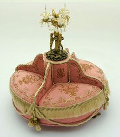 Good Sam Showcase of Miniatures: Figures, Furniture, Lighting: Mzia Dsamia, Small Creations
