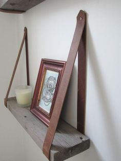 awesome DIY wood and leather shelves http://1001diy.com/?p=2680