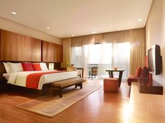 The Deluxe Delight Rooms are sure to delight you. http://www.vivantabytaj.com/surajkund #HotelRoom #Hotel #DeluxeRoom
