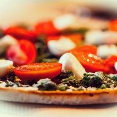 Pizza... Vielleicht nicht wirklich gesund aber lecker  #gesundessen #gesundeernährung #food #instafood #abnehmen #lecker #bonappetit #gemüse #foodblogger #lowcarb #wiesbaden by fannyfood
