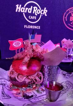 Atomic burger! From Las Vegas to Florence for  World Burger Tour, Hard Rock Cafè