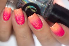 Cirque - Vice Collection - Dégradé - 'We Trippy' gradient nail-art by didolines-nails♥•♥•♥