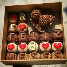 Romantic Gifts For Boyfriend, Cake For Boyfriend, Boyfriend Gifts, Present Cake, Cute Birthday Gift, Candy Bouquet, Chocolate Covered Strawberries, Cookies And Cream, All You Need Is