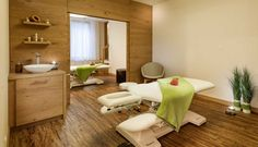 Beautyanwendungen #leadingsparesort #norica #therme #hofgastein #alpentherme #wellness #celtic Wellness Hotel Salzburg, Resorts, Hotel Gast, Das Hotel, Floor Chair, Celtic, Flooring, Design, Furniture