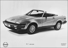 1979 Triumph TR7 Convrtible. This is how the car should have been producd in the first place.