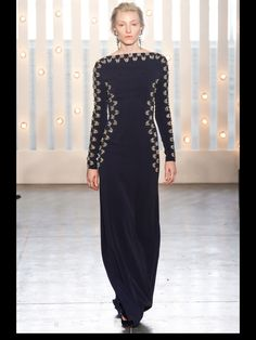 This is what Meryl Streep should wear to the Oscars!!! Love jenny!