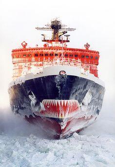 Russian Arktika-class nuclear powered Icebreaker Yamal  I EAT ICE COMRADE!!!