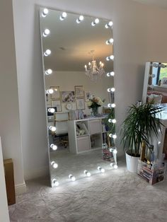 Meet 'The Boulevard' our largest Mirror yet at over a metre wide and 2 metres tall! This Full length Mirror provides the ultimate lighting for your Salon or home with 27 day light tone LED which are long-life and cool to the touch. Cute Bedroom Decor, Room Ideas Bedroom, Teen Room Decor, My New Room, My Room, Makeup Room Decor, Cute Room Ideas, Girl Bedroom Designs, Aesthetic Room Decor
