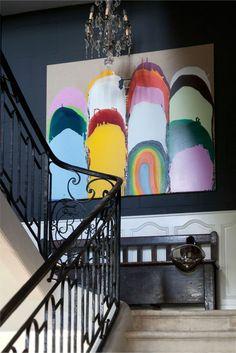 Treppen-Flur-deko-Kronleuchter-Kristalle-abstraktes-Wandbild