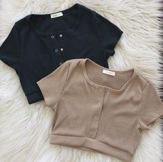 Cute Lazy Outfits, Crop Top Outfits, Pretty Outfits, Girls Fashion Clothes, Teen Fashion Outfits, Mode Outfits, Mode Kpop, Clothing Photography, Kawaii Clothes