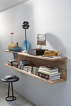 Beginner, intermediate and advanced diy projects for the home DIY enthusiast. Instructions on how to make your own cupboards, wardrobes and furniture. Instructions for small home DIY projects with step-by-step and images. Easy Shelves, Pallet Shelves, Wooden Shelves, Palet Shelf, Floating Shelves, Wood Shelf, Hanging Shelves, Console Shelf, Tv Shelf