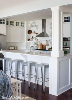 kitchen island with post load bearing f8c289f35f658ebd7b38f9a74255a071jpg 236184 the spanish residence pinterest room inspiration floor lamp and mid century