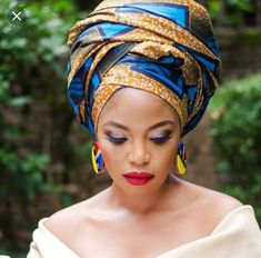 South African Artist Thembi Seete and South African Actress Terry Pheto collaborated to take a series of photos in mixed ankara print outfits for Africa African Beauty, African Women, African Fashion, Turbans, Doek Styles, Terry Pheto, Turban Mode, African Actresses, African Head Wraps