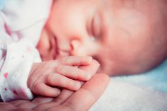 Home births save money, are safe, study suggests -- ScienceDaily