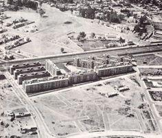 Vista aérea, ISSSTE Multifamiliar Tlalpan , Calzada de Tlalpan, Tlalpan, México DF, 1957   Arqs. Jorge Cuevas y Fernando Hernández -  Aerial view, ISSSTE Multifamiliar Housing development, Calzada Tlalpan, Mexico City, 1957