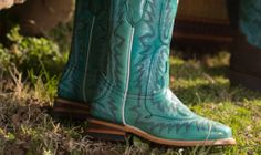 Mommy and Me: Boots for Mom and Daughter |  #countryoutfitter