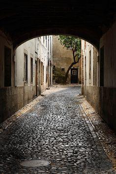 /\ /\ . Castelo, Lisbon, Portugal