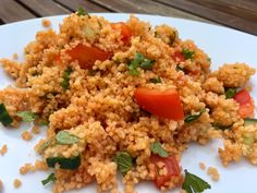Red couscous salad, a tasty recipe from the vegetable category. Ratings: Average: Ø Red couscous salad, a tasty recipe from the vegetable category. Salad Recipes Healthy Lunch, Salad Recipes For Dinner, Chicken Salad Recipes, Healthy Eating Tips, Clean Eating Recipes, Lunch Recipes, Eating Clean, Juicer Recipes, Couscous Salad