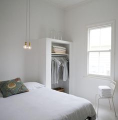 As a former New Yorker and current owner of a wee Cape Cod cottage, I am quite familiar with both the charm and challenges of small spaces. When done well,