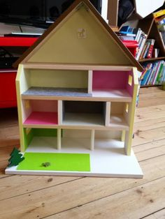 Playmobil and maison on pinterest - Maison playmobil en bois ...