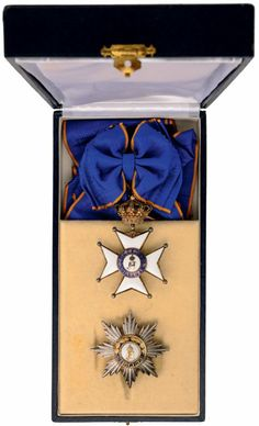 ORDER OF CIVIL AND MILITARY MERIT OF ADOLPH OF NASSAU : Lot 1305