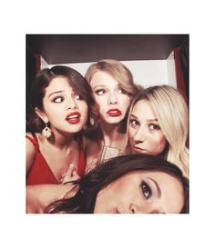 Selena Gomez and Taylor Swift with friends
