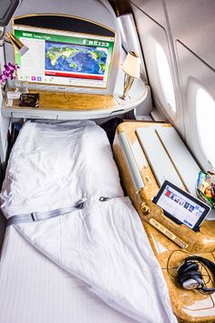 Emirates First Class Suite with flat bed http://travel.bart.la/2014/06/01/emirates-a380-first-class-dubai-to-los-angeles-ek215-longest-a380-flight-in-the-world/