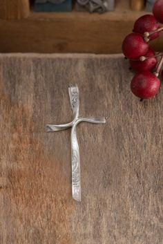 Ribbon Cross Pendant