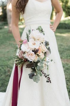 {Blush and Burgundy} Rustic Elegance Fall Wedding Inspiration Trendy Wedding, Unique Weddings, Elegant Wedding, Fall Wedding, Wedding Styles, Rustic Wedding, Wedding Ideas, Dream Wedding, Cranberry Wedding Colors