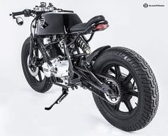 Yamaha XS400 Cafe Racer - 979 Moto