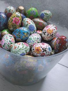 Easter eggs #easter #decor #eggs