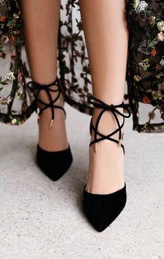 Súper chic ¡Zapatos elegantes y delicados! y esto ni se diga siempre nos hacen falta!! :)))