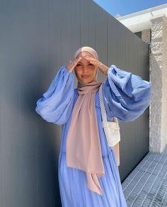 Modest Fashion Hijab, Modern Hijab Fashion, Modesty Fashion, Hijab Fashion Inspiration, Muslim Fashion, Mode Inspiration, Modest Outfits, Classy Outfits, Fashion Outfits