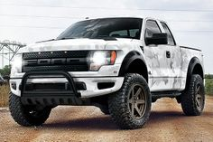 Like your raptor be this one??  More raptor on our page! #ford #raptor #fordraptor #truck https://www.facebook.com/photo.php?fbid=897078990307177&set=a.681885095159902.1073741828.681882731826805&type=1
