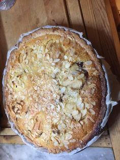 Tarte poires et chocolat Good Pie, Sweet Tarts, Food, Pear Tart, Sweet Pie, Cooker Recipes, Shortbread, Essen, Yemek