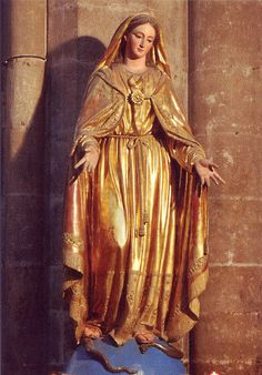 Cloister of the Heart - Hettienne Grobler: SACRED PILGRIMAGE TO THE DIVINE FEMININE - A SACRED MARRIAGE BETWEEN THE SPIRITUAL AND PHYSICAL