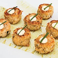 Maine Crab Cakes with Lime Aioli