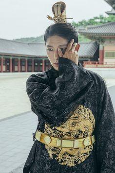 Korean Men, Asian Men, Korean Actors, Korean Dramas, Baekhyun Moon Lovers, Moon Lovers Scarlet Heart Ryeo, Lee Joon Gi Wallpaper, Scarlet Heart Ryeo Wallpaper, Moon Lovers Drama