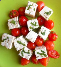 If you are on a vegan diet, there is no reason to miss out on Feta. This is an easy way to make vegan feta cheese. Perfect for meatless recipes & vegetarian