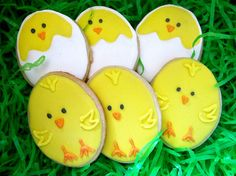 Easter Egg Chick cookies by Morning Glory Bakes, via Flickr