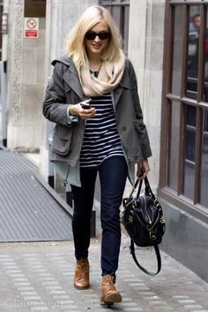 Celeb Street Style: Fearne Cotton in Cool & Casual Ensemble Fearne Cotton, Office Fashion Women, Womens Fashion For Work, Cotton Style, Casual Street Style, Autumn Winter Fashion, Celebrity Style, Clothes For Women, Yummy Mummy