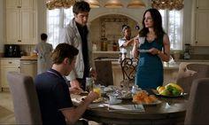 Grayson manor-kitchen Revenge