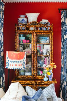 Chinoiserie Chic that cabinet.that dental molding! Chinoiserie, Decor, Bamboo Furniture, Inspiration, Furnishings, Eclectic Decor, Faux Bamboo, Red Rooms, Home Furnishings