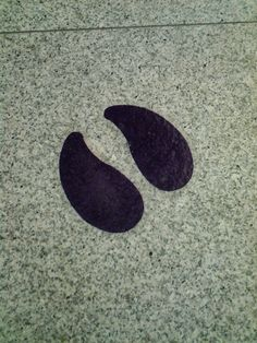 Animal footprints in shopping mall ...