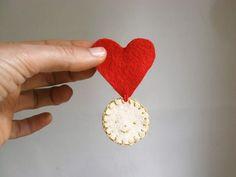 DIY Valentines Day Medal
