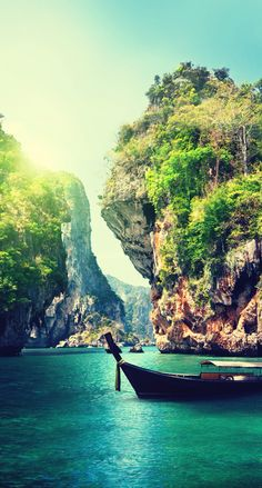 Thailand ★ Find more travelicious wallpapers for your #iPhone + #Android…